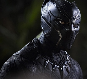 Black Panther: Images, Review & Plot