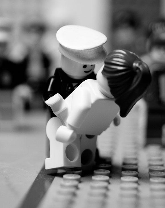 Balakov - V.J. Day Times Square - Lego