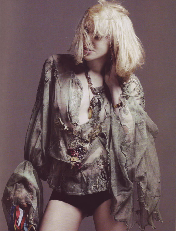 The LOVE Magazine spring/summer 2009 - Courtney Love
