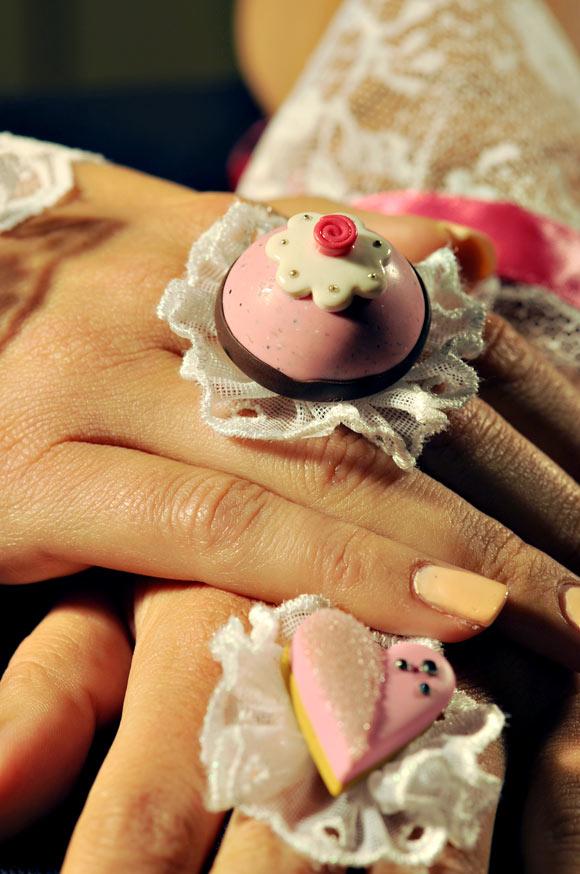 Annapaola Rapacciuolo - Le Chou Chou - bijou - kawaii - cute - jewellery - gioielli - fimo - food - sweet - cake - ring - anello