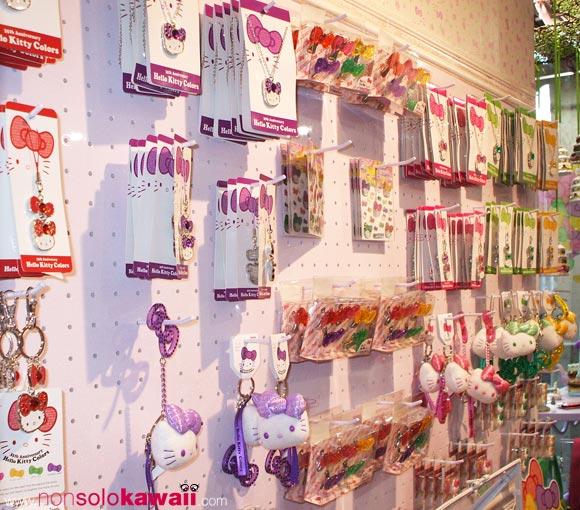 kawaii - cute - 35th Anniversary - Hello Kitty Colors - shop window - sanrio - accessories - charms - navigli
