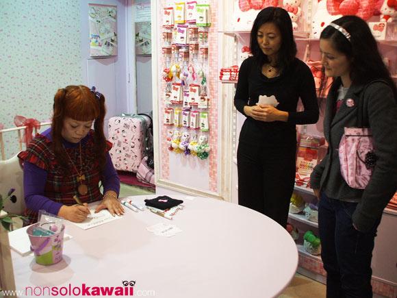 35th Anniversary - Hello Kitty - Yuko Yamaguchi - kawaii - cute - milano - italia - italy - birthday - sanrio - angela - non solo Kawaii