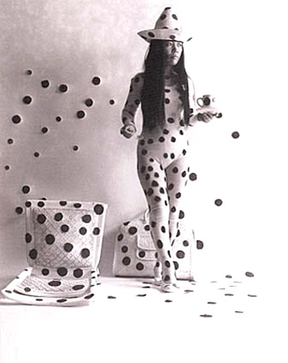 Yayoi Kusama, Self-Obliteration by Dots, 1968