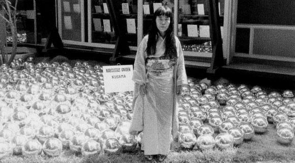 Yayoi Kusama, Narcissus Garden, XXXIII Biennale di Venezia, 1966