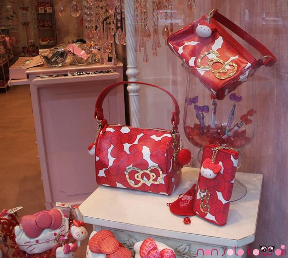 Hello Kitty's bags with a Red Ribbons / le borse di Hello Kitty con Fiocchi Rossi