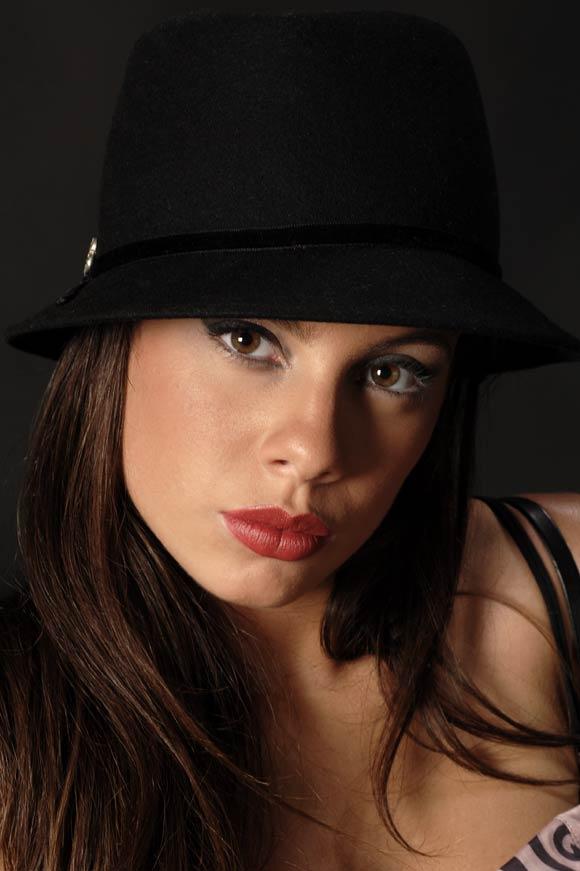 Marina Maniglio is Mia in Hello Kitty The Show