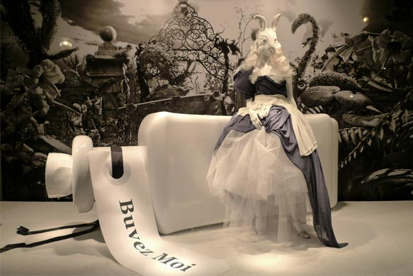 Alice au Printemps des Merveilles - Charles Anastase shopping window / vetrina