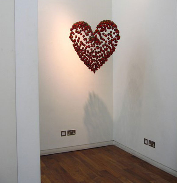 © Claire Morgan - The more I want you, heart and strawberries, cuore e fragole, 2006