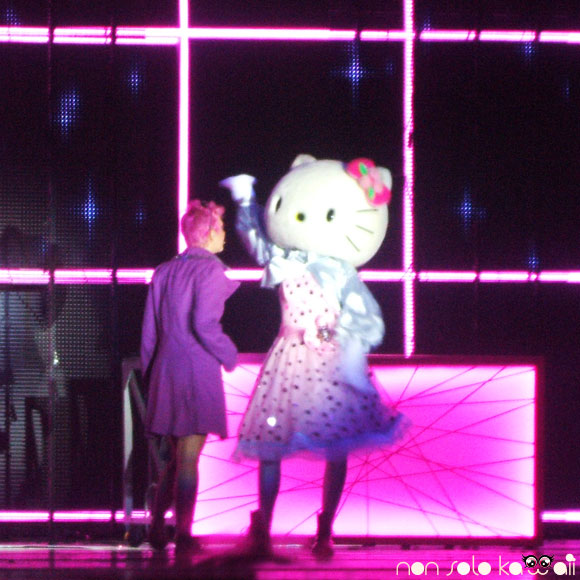 Selene Scarpolini & Hello Kitty - Hello Kitty the Show