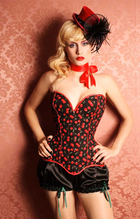 © Maya Hansen - Cherries Lady Corset