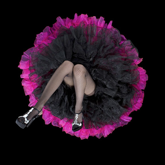 Daryl Banks - Black Crinoline Flower with Pink Trim, gonne a forma di fiore