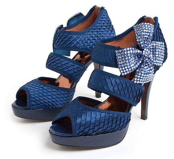 Mistletoe Kisses in Blue, spring-summer 2010