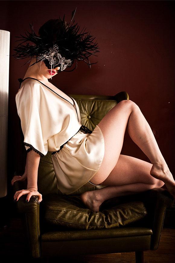 FairyGothMother, Ayten Gasson, silk satin Macy Kimono