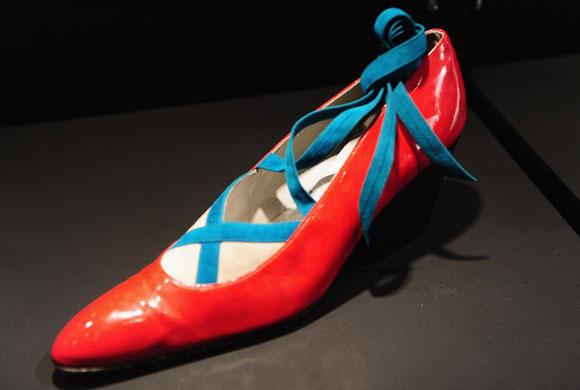 Vivienne Westwood, Trompe l'Oeil Tie Court