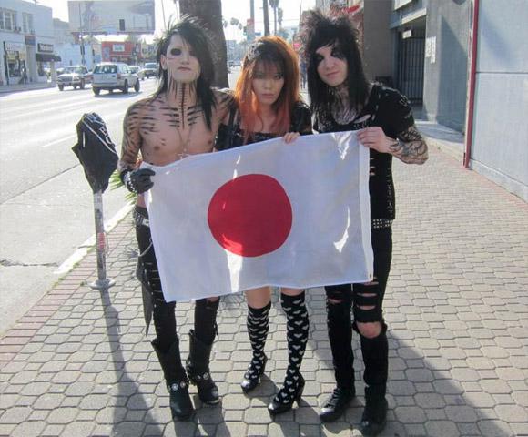 La Carmina Gothic Alternative Jpop Girl and Black Veil Brides