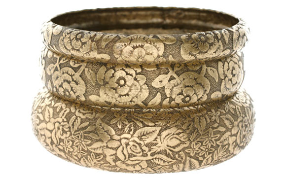 ASOS - Floral and baroque gold Embossed Metal Bangles, bracciale barocco oro