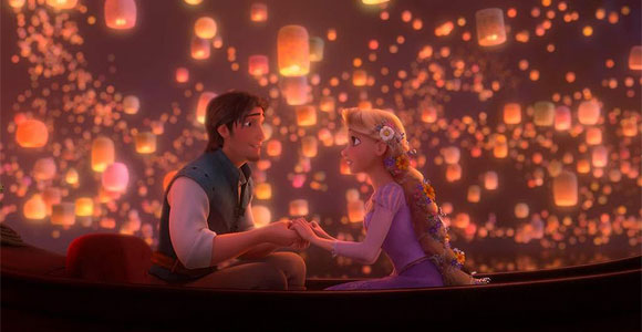 Tangled / Rapunzel - Rapunzel, Flynn Rider (Eugene Fitzherbert), on the boat in the night with the lantern, di notte sulla barca con le lanterne