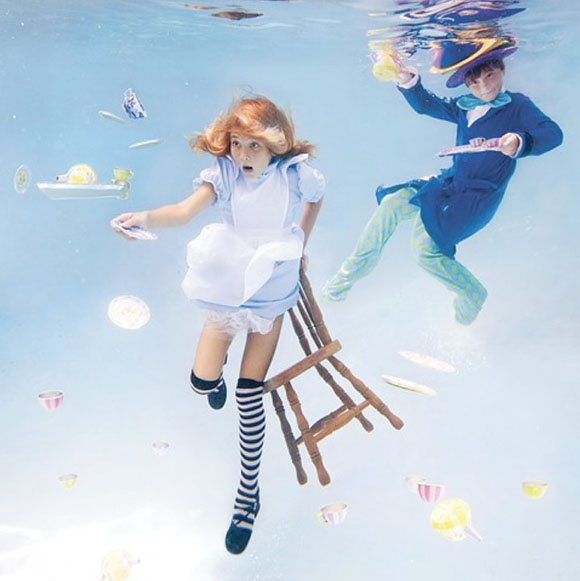 Elena Kalis - Alice in WaterLand - Alice in WonderWater