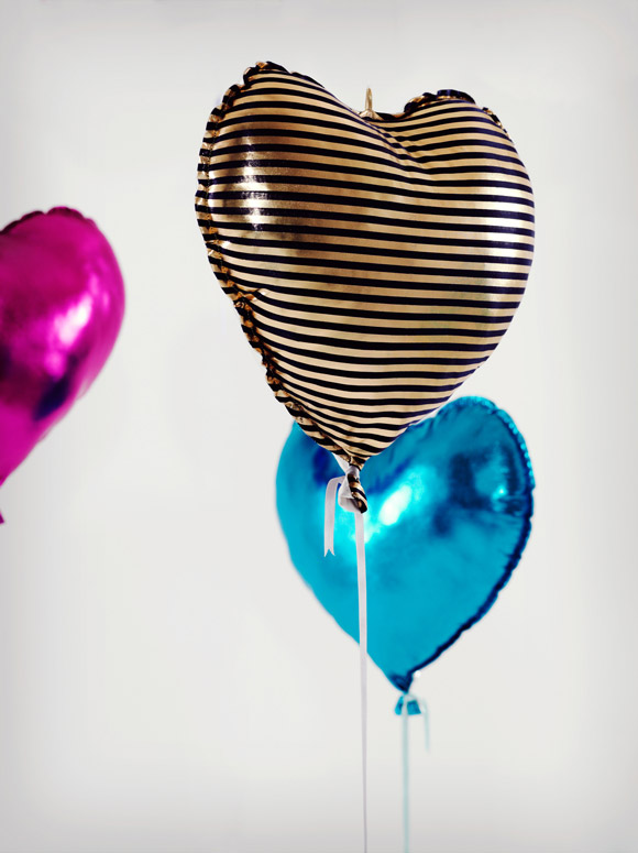 Clémentine Henrion - Helium Eternal heart balloon, palloncino cuore kawaii