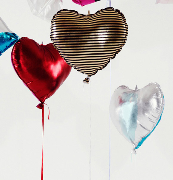 Clémentine Henrion - Helium Eternal hearts balloon, palloncini cuori kawaii