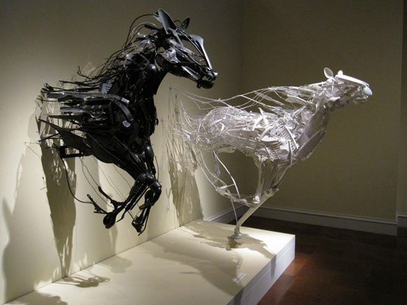 Sayaka Kajita Ganz, Emergence - Cavalli nero e bianco - Black and white horses