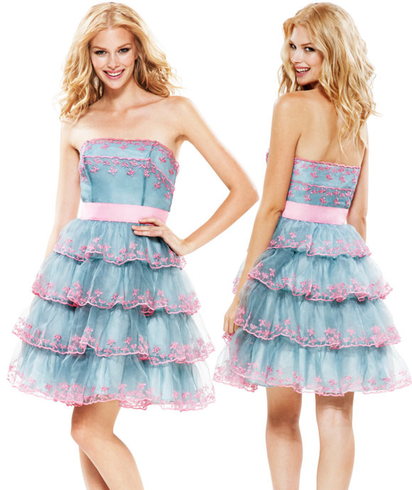 Betsey Johnson - Evening Von Trapp Strapless Dress