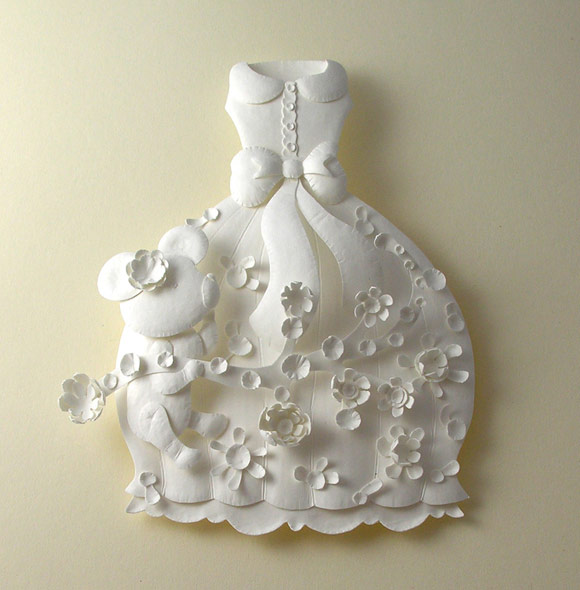 Elsa Mora - Paper Sculptures and Papercuts, Dress With Teddy Bear, Abito con Orsetto