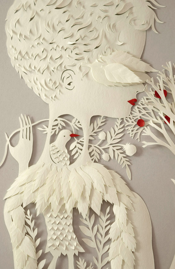 Elsa Mora -Por Dentro Papercut Woman with birds white and red, Donna con Uccelli bianca e rossa scultura di carta