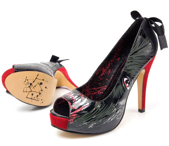 gothic shoes Iron Fist - Ladies Wolfbeater Little Red Riding Hood Platform, scarpe da lupo cattivo di cappuccetto rosso