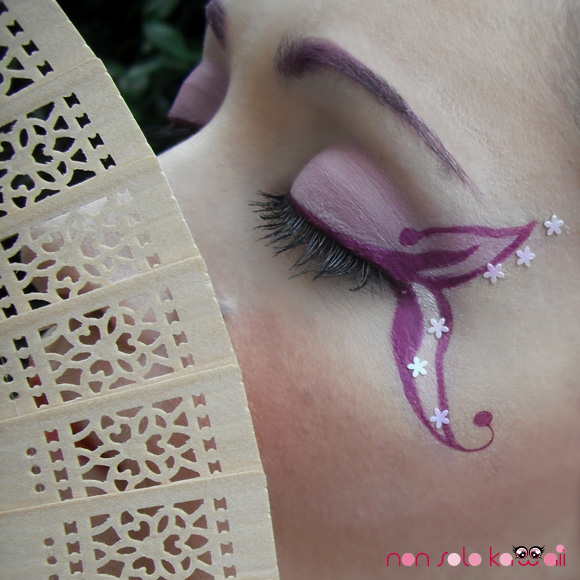 Geisha Madama Butterfly swatch and make-up by non solo Kawaii, Kawaii Japan by Neve Cosmetics