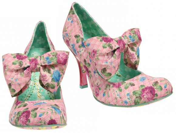 Irregular Chioce - Tea and Cakes, scarpe rosa con fiocco romantic Nana Hachi Komatsu