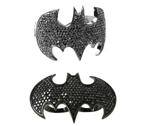 Noir Jewelry - Bat Girl Logo Dome Double Finger Ring,  Bat Girl Cuff Bracelet - Anello Batman da due dita e bracciale - Swarovski