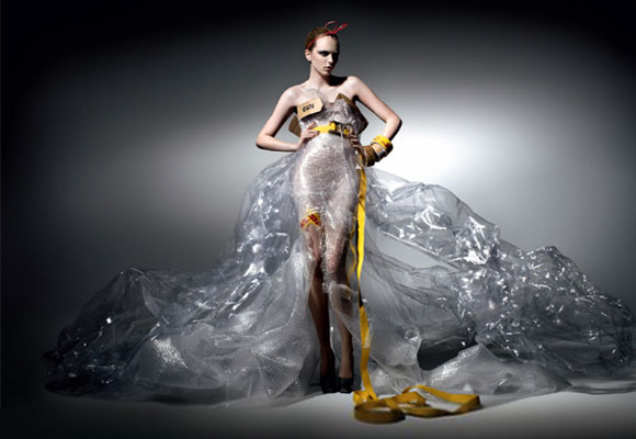 Michael Michalsky for DHL, fashion and recycle, moda e reciclo