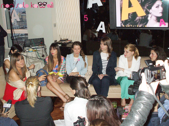 A 5th birthday, Maria Latella e le blogger