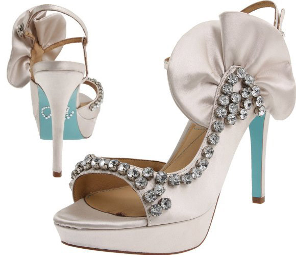 Pour La Victoire - Giada Platform Sandal, sandali bianchi onda, Mermaid Sirena kawaii look
