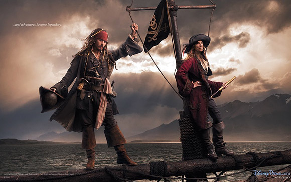 Annie Leibovitz for Disney: Johnny Depp and Patti Smith as Jack Sparrow and the 2nd Pirate in Command / Annie Leibovitz per Disney: Johnny Depp e Patti Smith sono Jack Sparrow e il Vice Comandante Pirata</