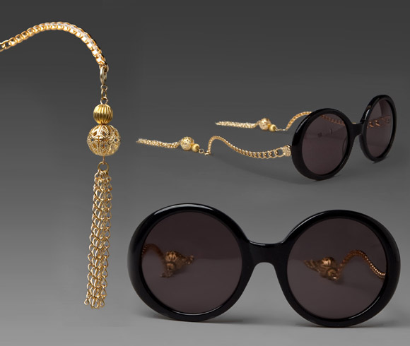 House of Harlow - Sasha Sunglasses, occhiali neri con decoro oro