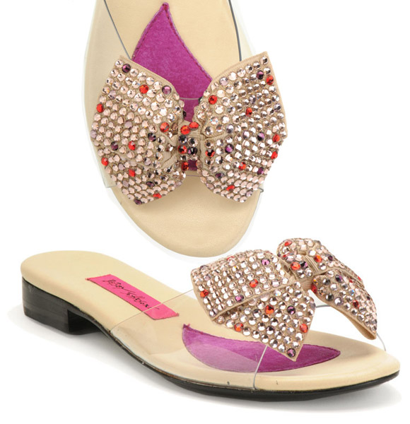 Betsey Johnson - Maxi Flats Multi Bow, ciabatte con fiocco con strass