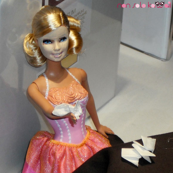 Barbie with beauty mask at Vogue Fashion's Night Out Milano 2011
