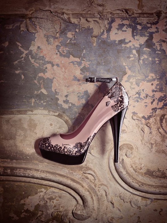 fall winter 2011 2012 collection, Fornarina - Demy shoes lace