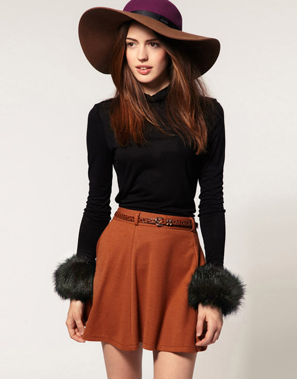 gatto cat look: ASOS Faux Fur Short Cuff balck, polsini di pelo nero