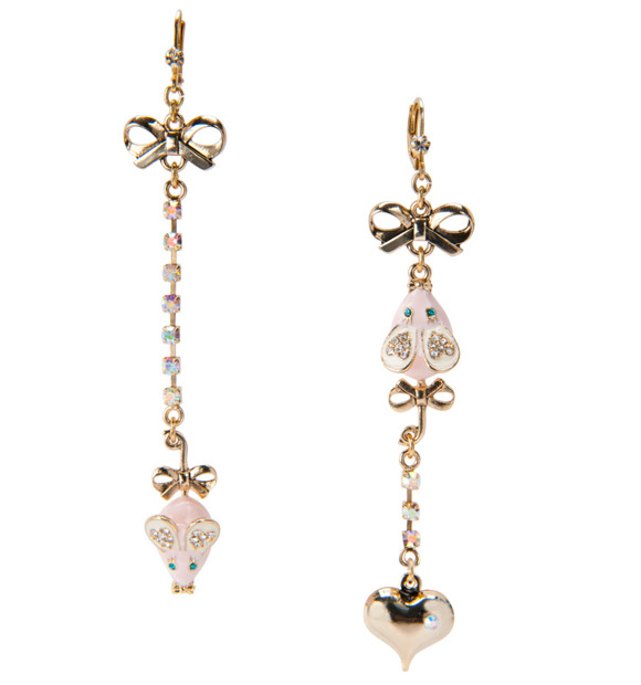 kawaii cute cat look: Betsey Johnson Mouse Drop Earrings, orecchini con topi topolini