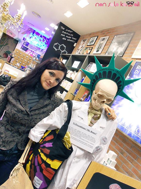 non solo Kawaii - Angela & Mr. Bones at Kiehl's, corso Vercelli 31 Milano