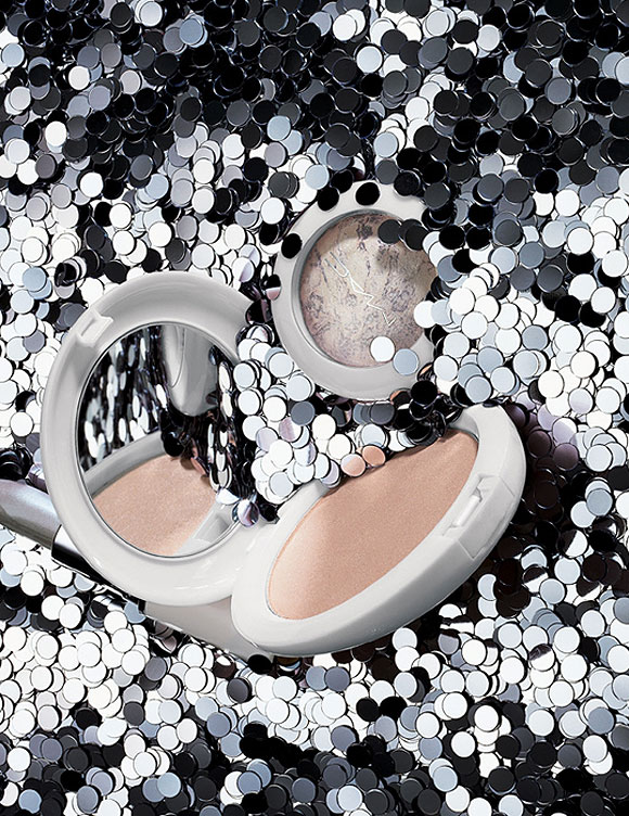 M·A·C Glitter and Ice Collection for Holiday 2011 / Holiday Colour Collection, Beauty Powder