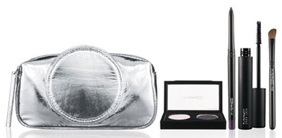 M·A·C Glitter and Ice Collection for Holiday 2011 / Iced Delights Eye Bag, Pearl