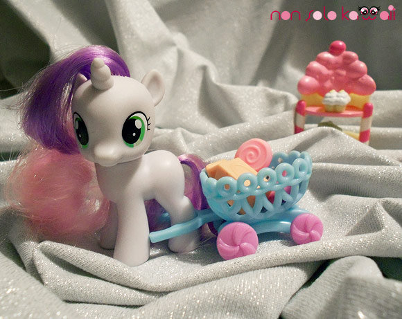 My Little Pony Pinkie Pie and Sweetie Belle's Sweet Boutique Playset