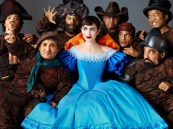 Snow White movie Mirror Mirror, biancaneve Lily Collins e i sette nani Seven Dwarfs