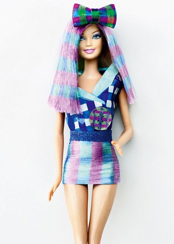 Tina Tartan by Alex Brownsell, Bleach Salon