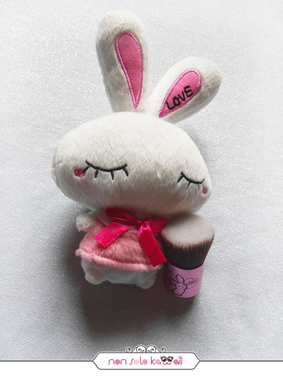 non solo Kawaii -  Bunnybuki, Kawaii Kabuki Collection, Neve Cosmetics