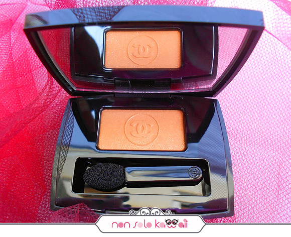 Ombre Essentielle Soft Touch Eyeshadow 91 Tigerlily, Make-up Harmonie de Printemps by Chanel